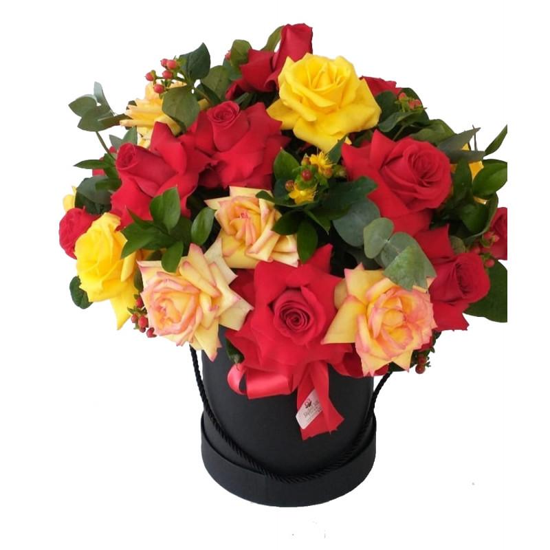 170 Caixa Box com Rosas Coloridas