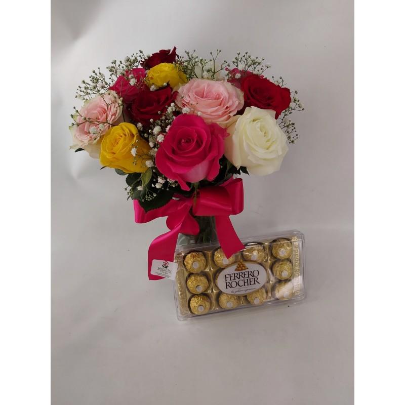 153 Arranjo rosas coloridas com caixa Ferrero Rocher