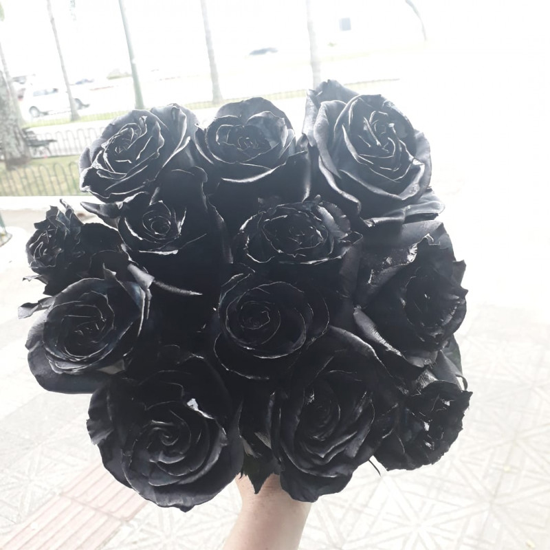 440 Buque de 12 Rosas Negras