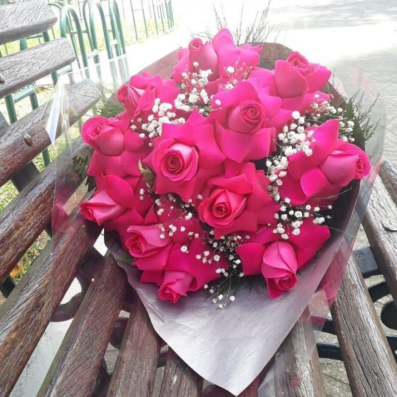 438 Buque 12 de Rosas Pink