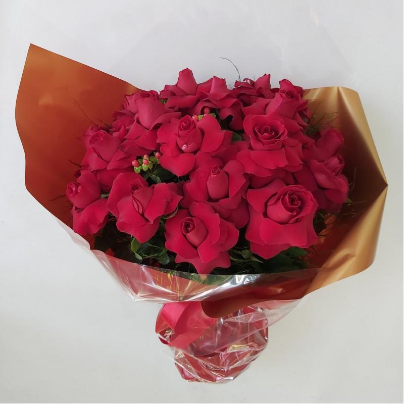 408 Buque 24 rosas Vermelhas